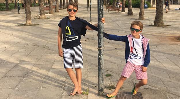 Meine Jungs liebe zwar kein Posing aber die Styles von il gufo mögen sie sehr!